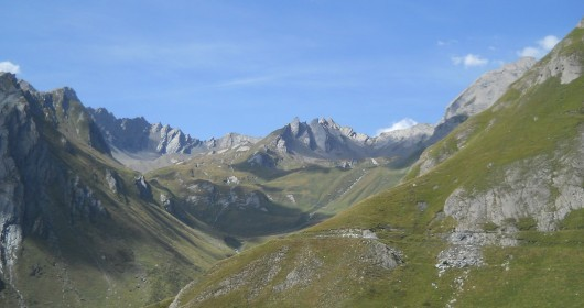 VAL D'AOSTA, A LAND OF HIKING