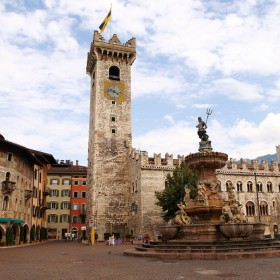 Cycling around the city: Trento, polished surrounded by the mountains