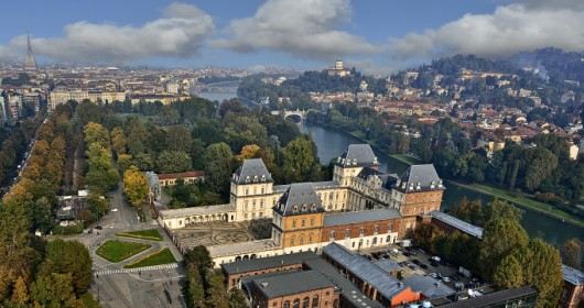 Cycling around the city: Turin, an aristocrat between Po and Dora