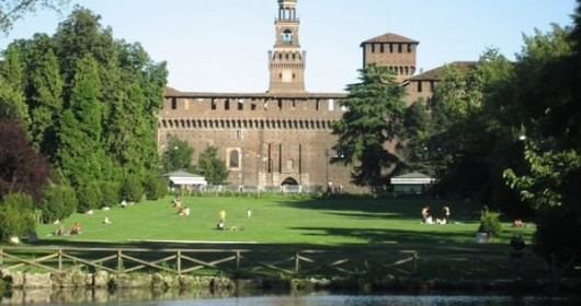 Cycling around the city: the green-hearted Milan