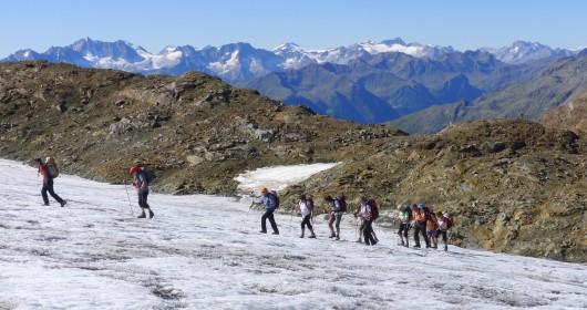Hiking in the Stelvio National Park - A MULTI-STAGE JOURNEY